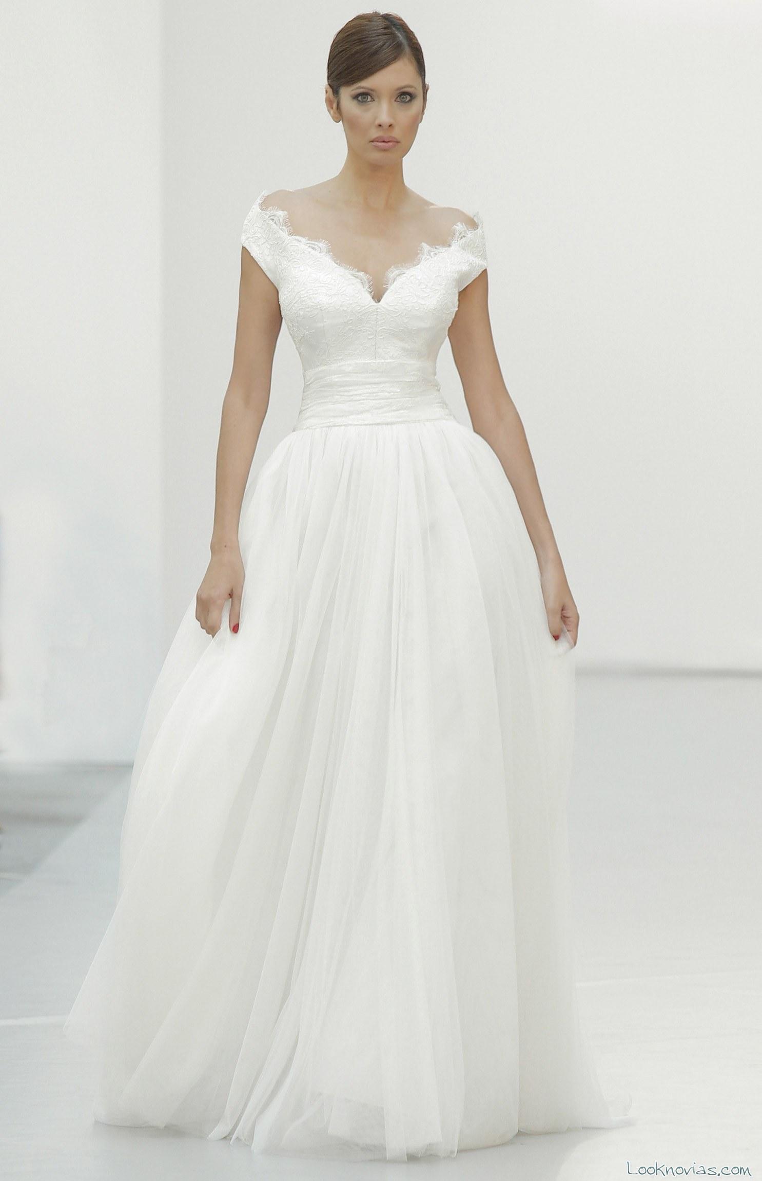 vestido novia hombros caídos hannibal laguna