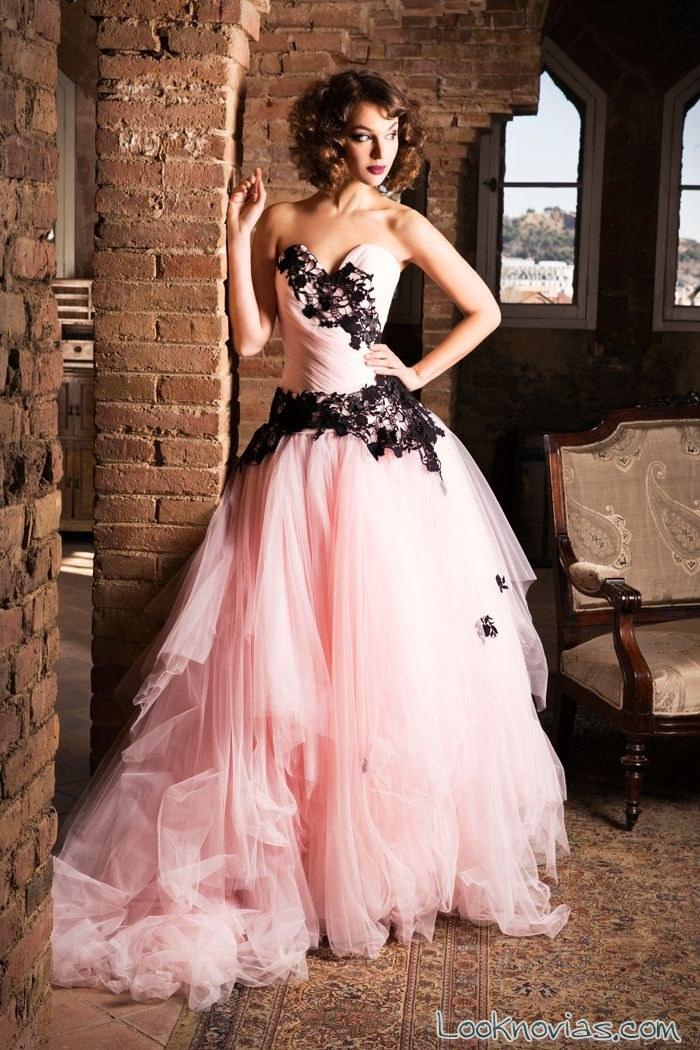 vestido novia jordi dalmau en rosa y negro