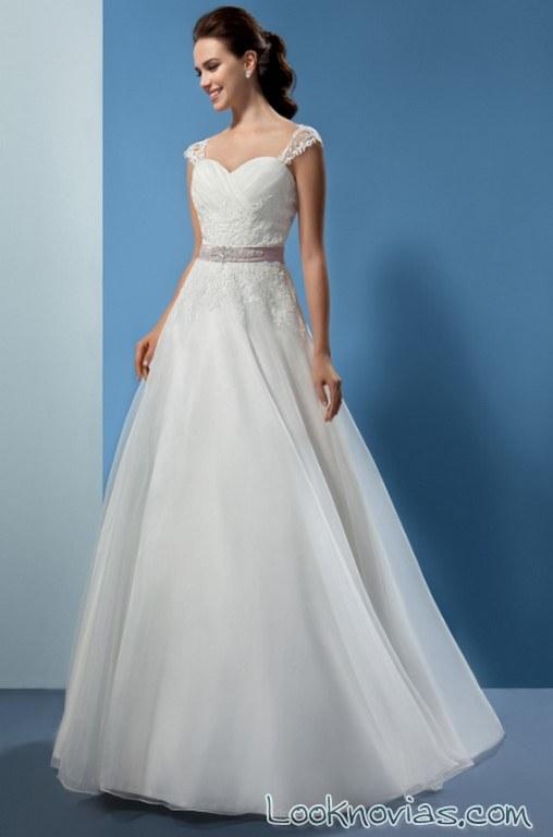 vestido novias con cinturón 2017