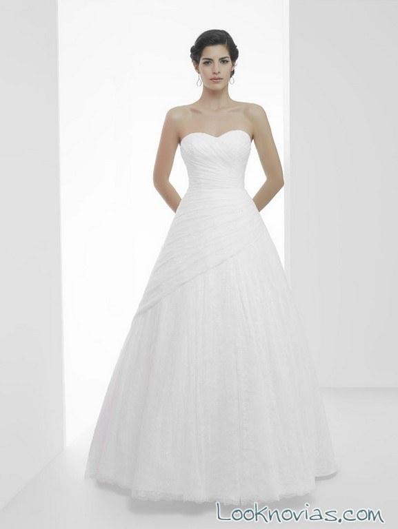 vestido novias corte drapeado sencillo