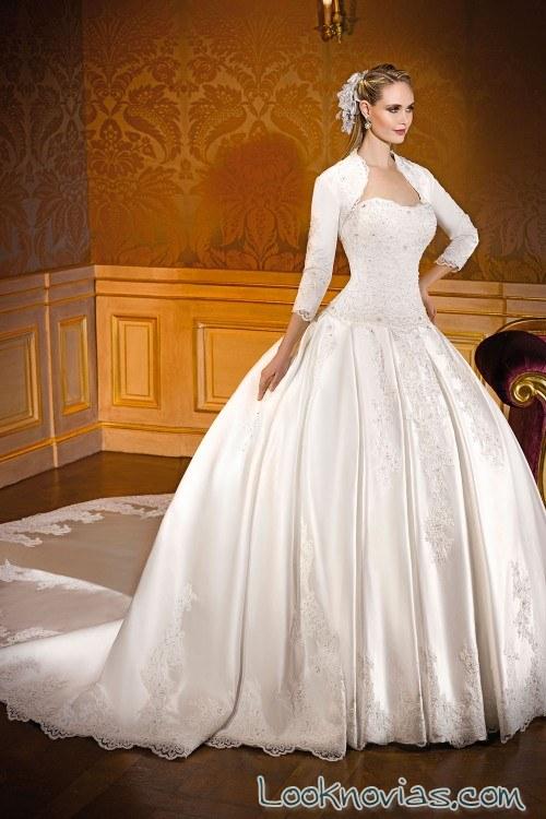 vestido novias princesa con mangas bolero