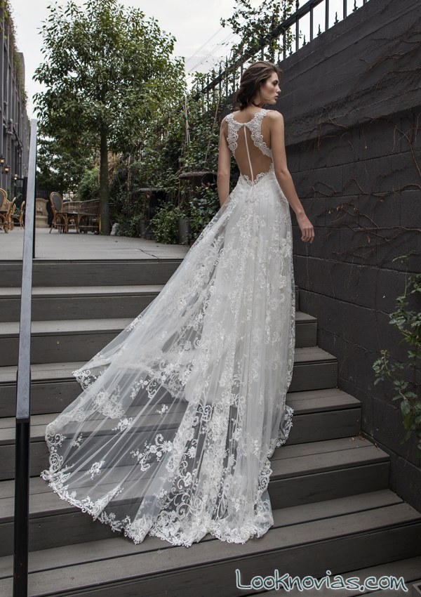 vestido novias riki dalal escote en espalda