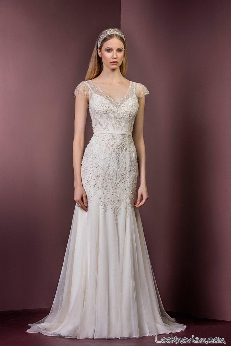 vestido original de novia con pedrería