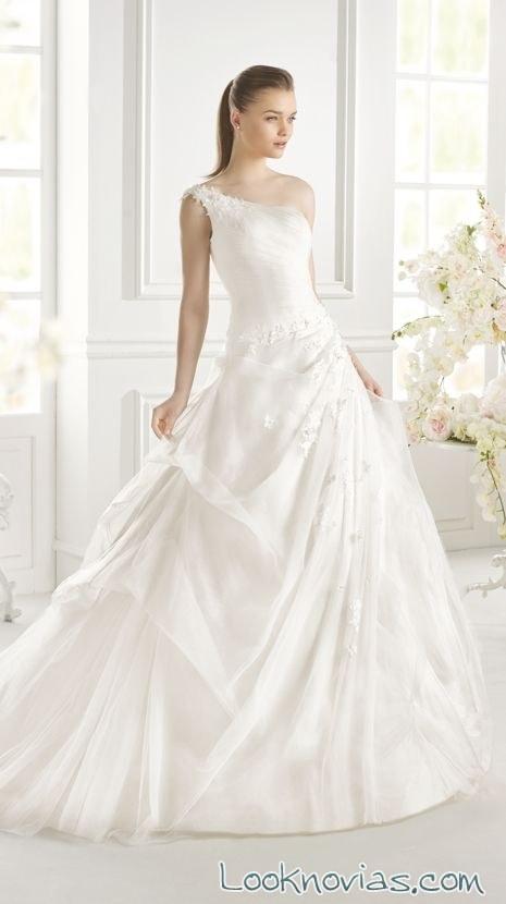 vestido princesa asimétrico