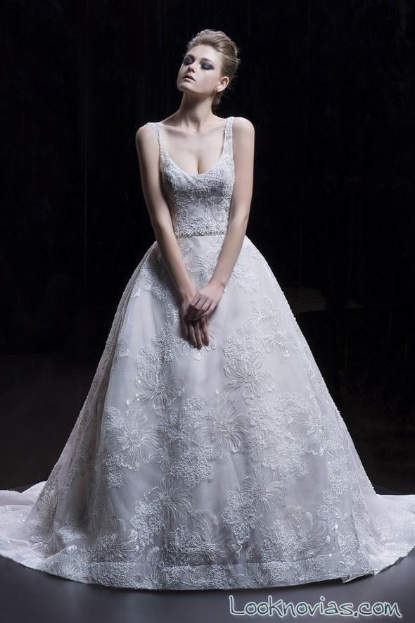 vestido princesa capas demetrios