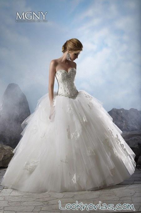vestido princesa con pedrería madeline gardner