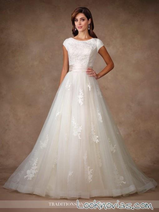 vestido princesa con tul y bordados mon cheri