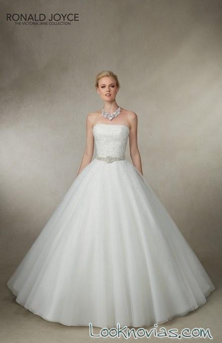 vestido princesa en color blanco de victoria jane