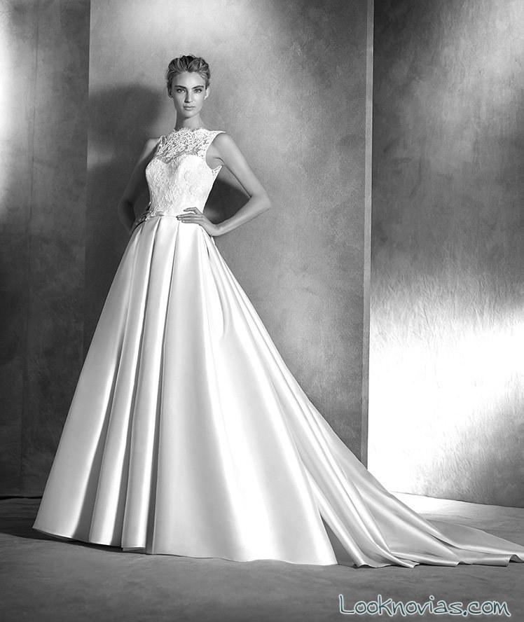 vestido pronovia con falda satinada