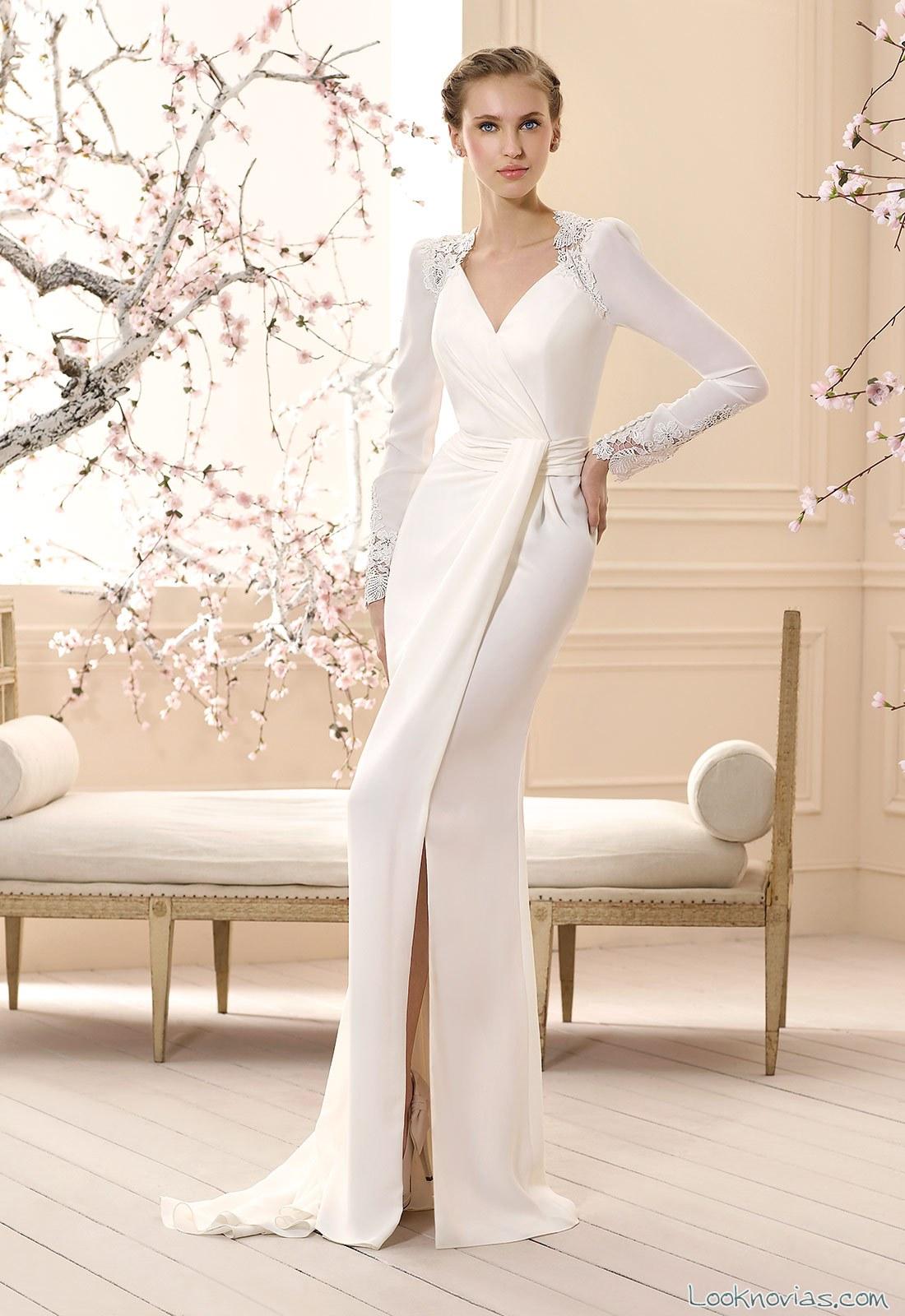 vestido recto con abertura en las piernas de cabotine