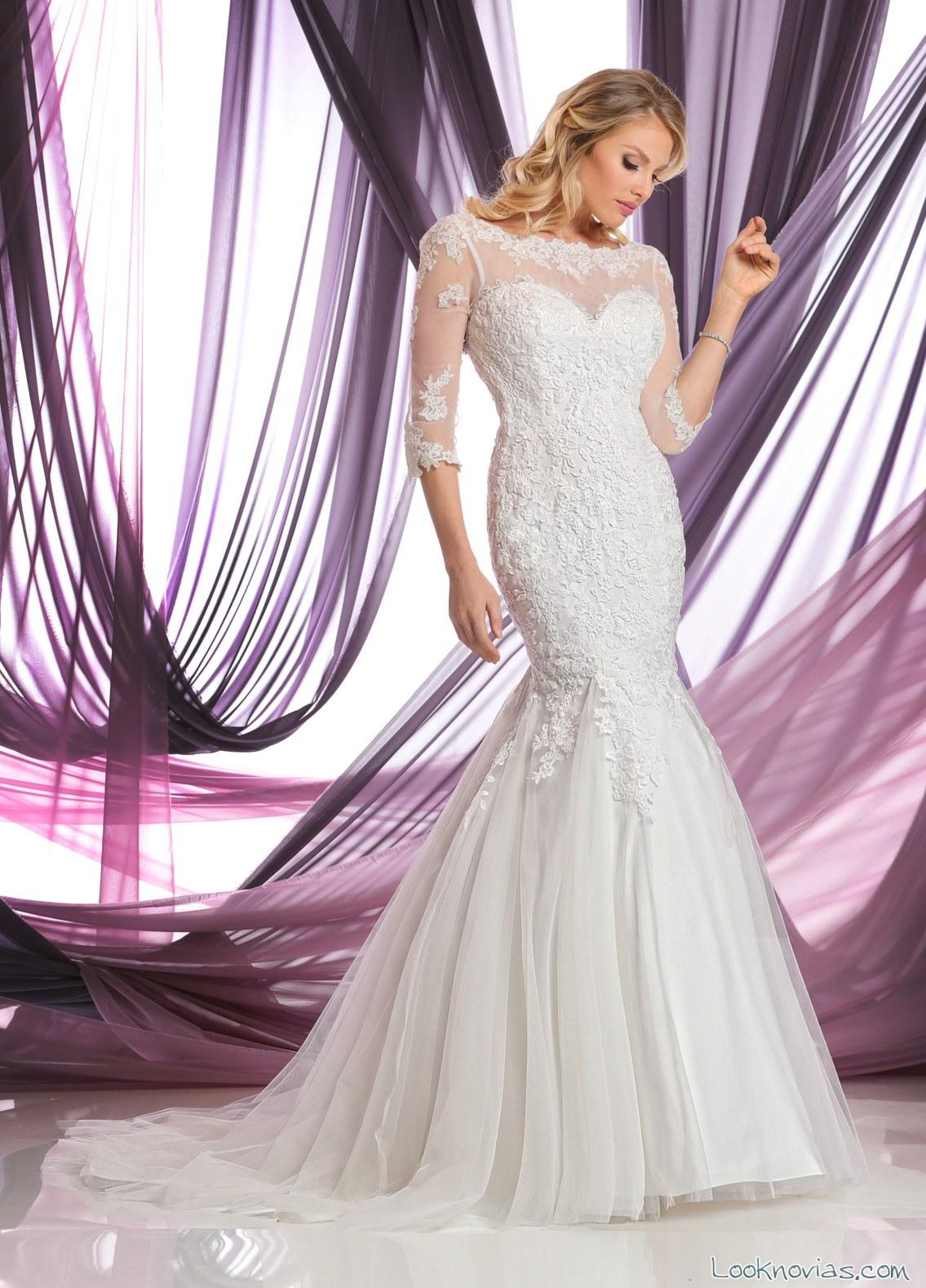vestido recto con mangas novias