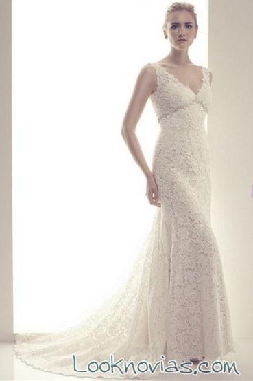 vestido recto de encaje CB Couture