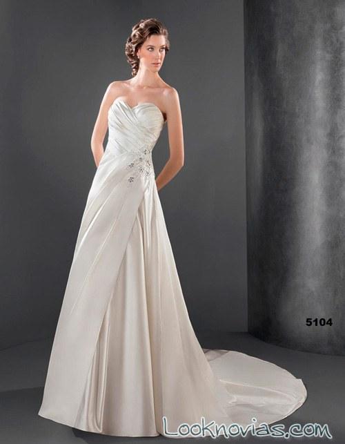 vestido recto de lugo novias