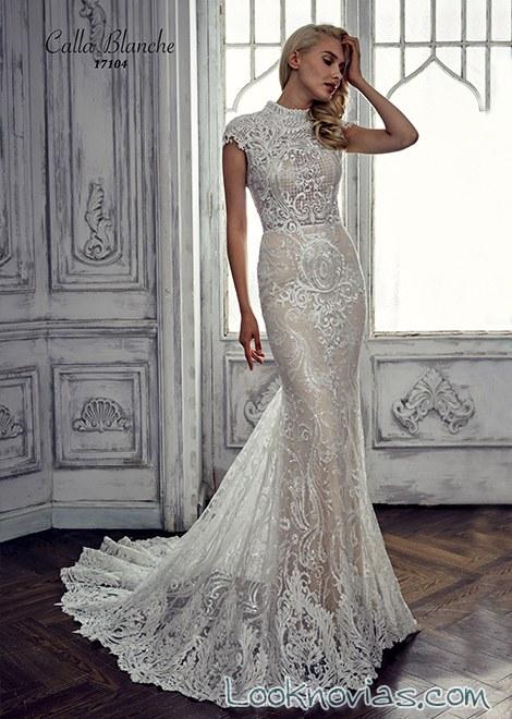 vestido recto de novias con cuello alto