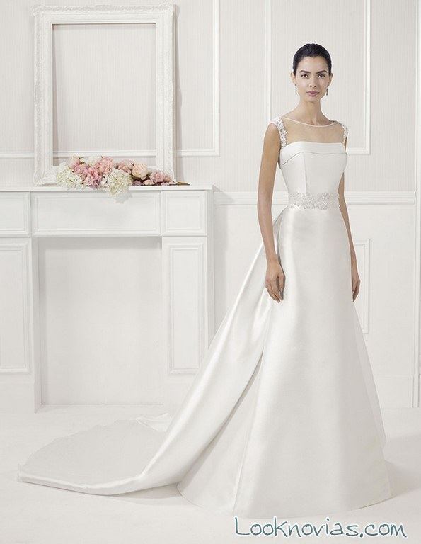 vestido recto liso de novia