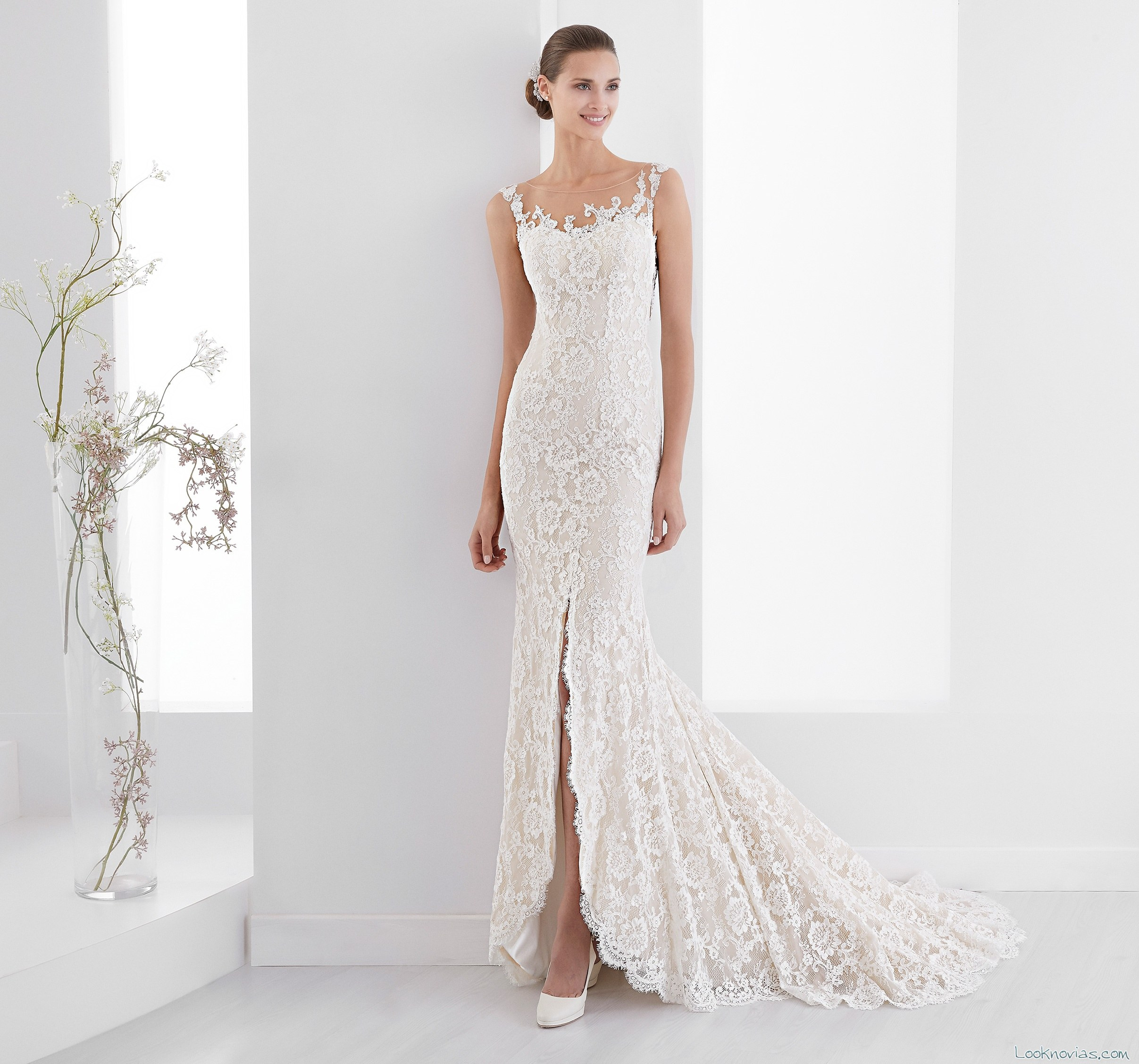 vestido recto novia abertura falda aurora