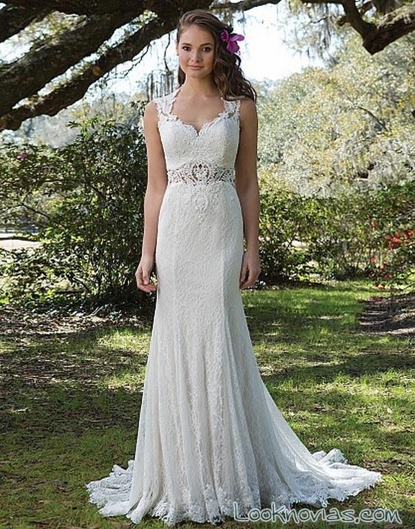 vestido recto novia con cinturón sweetheart