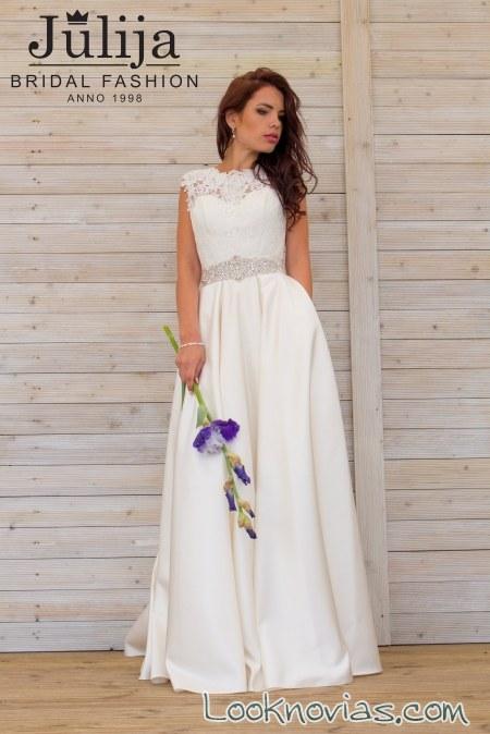 vestido recto novias con cinturón