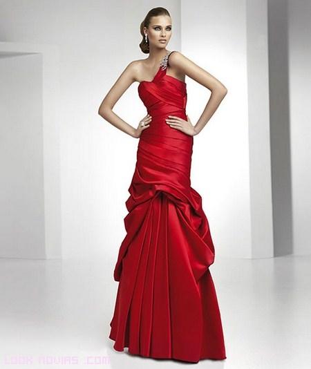 vestido largo rojo de pronovias 2012