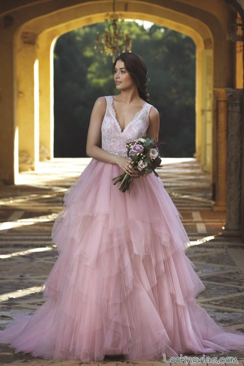 vestido rosa de mia solano