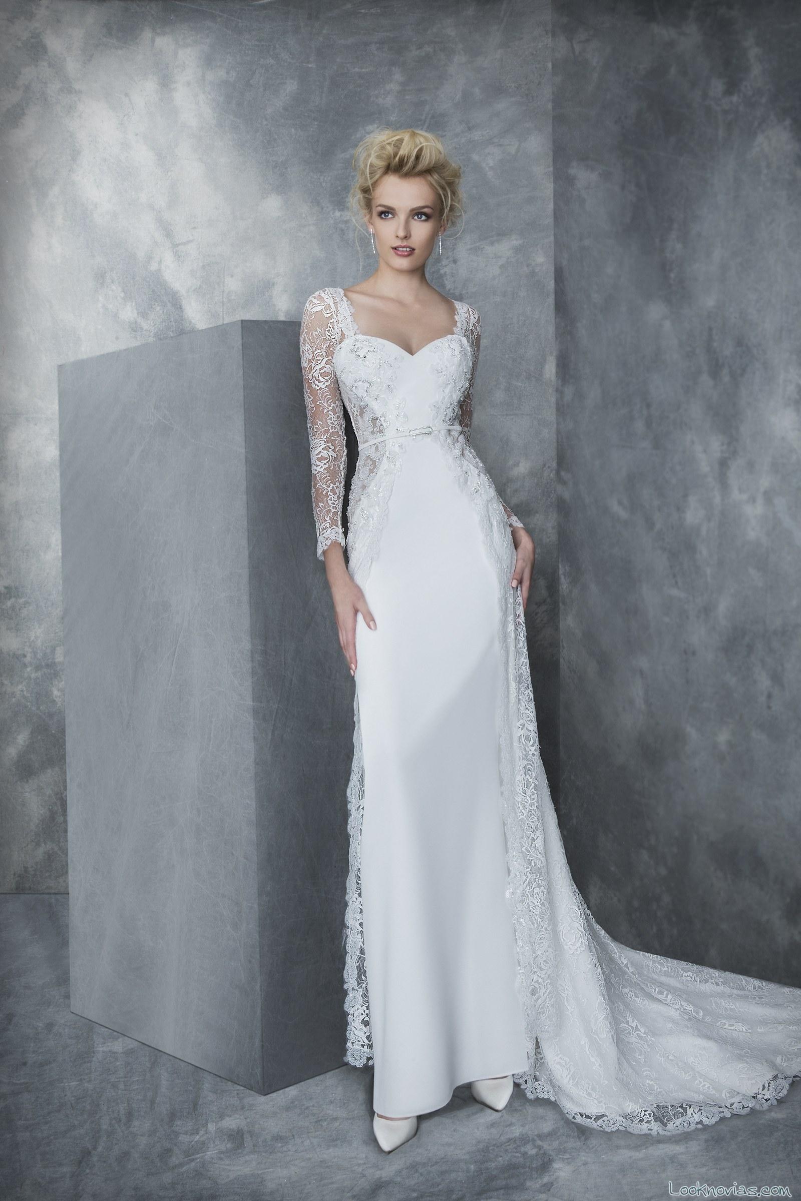 vestido sencillo con mangas de novia