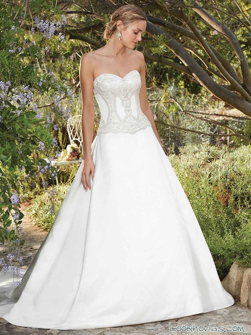 vestido sencillo corte evasé para novias casablanca