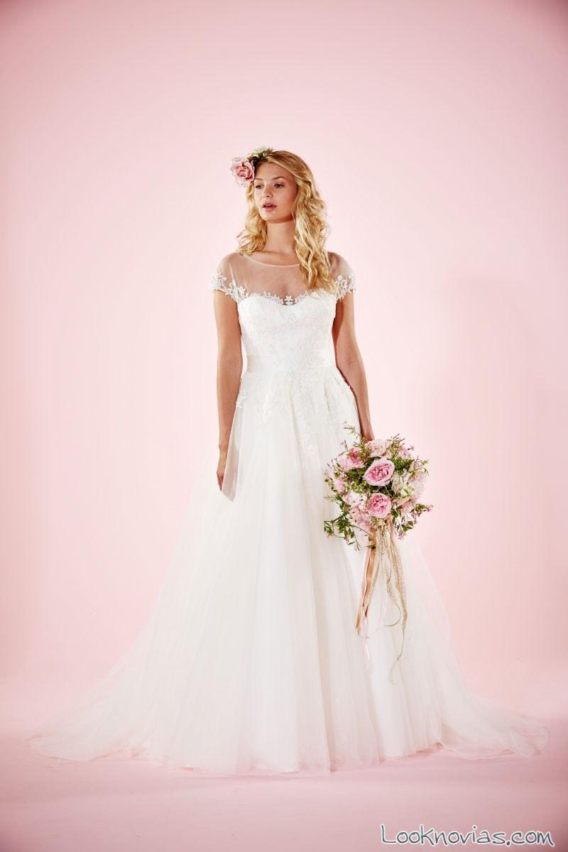 vestido sencillo de novia Charlotte Balbier