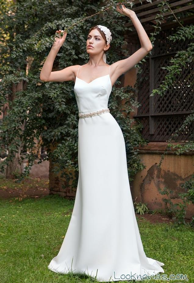 vestido sencillo y liso avetis