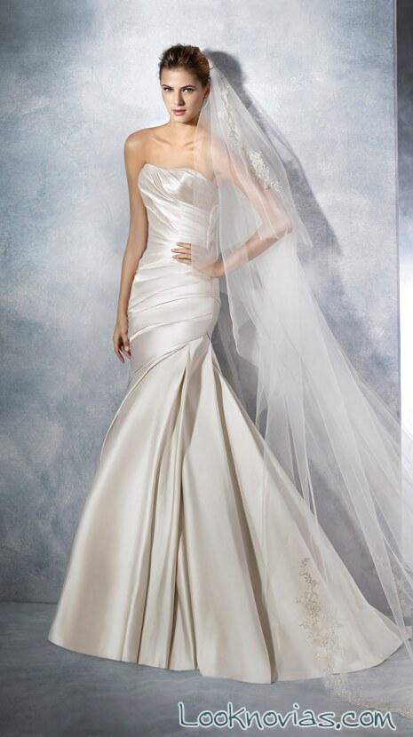 vestido sirena con tejido satinado