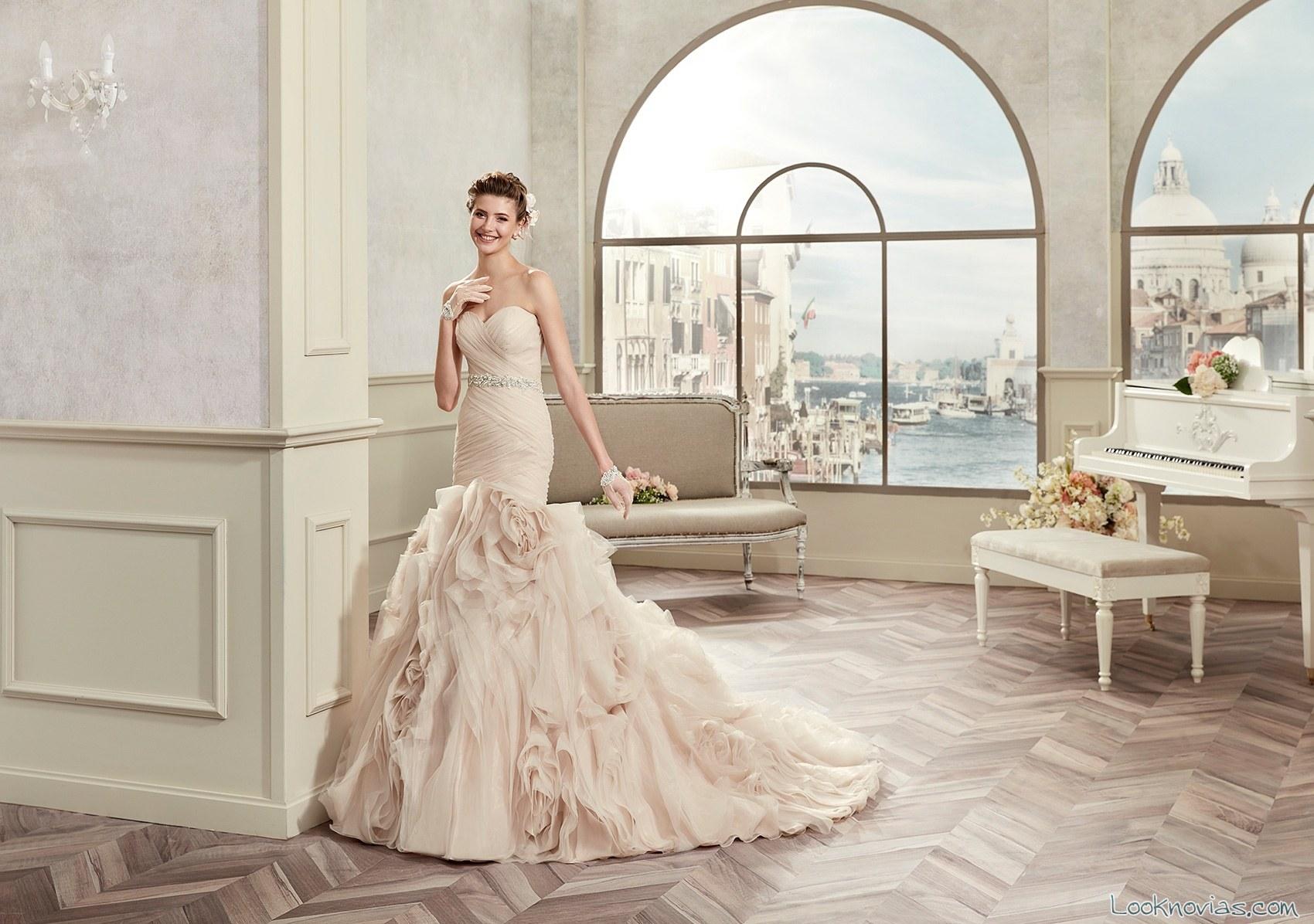 vestido sirena de novia en color