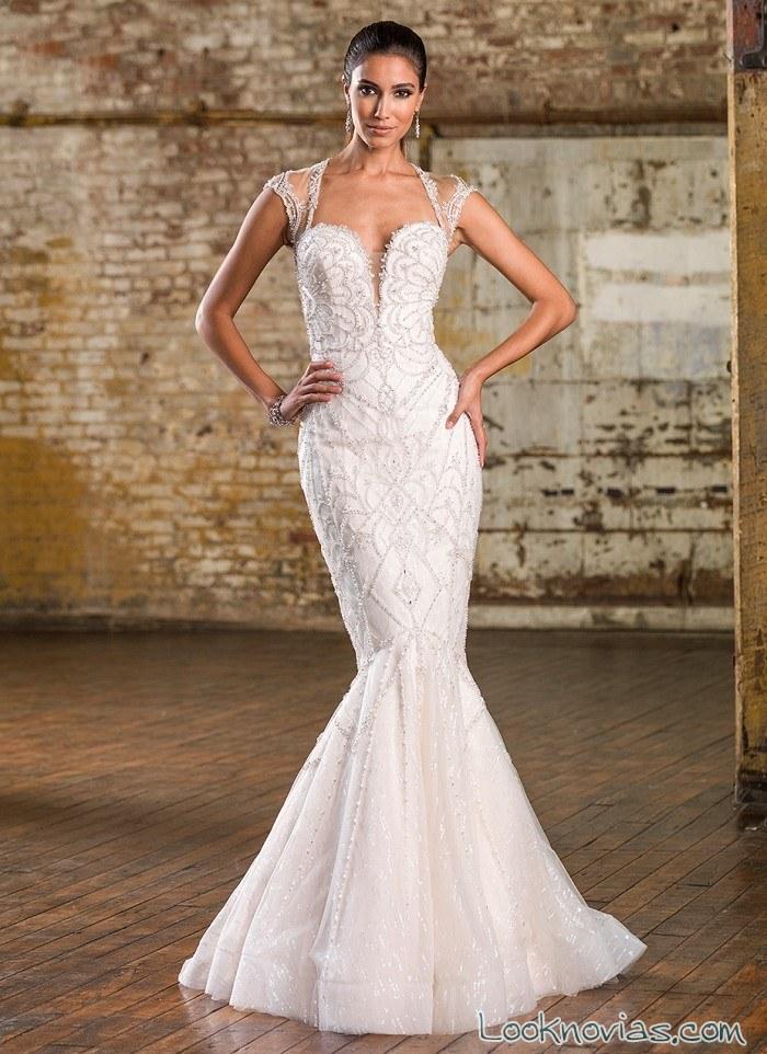 vestido sirena novia con escote pico