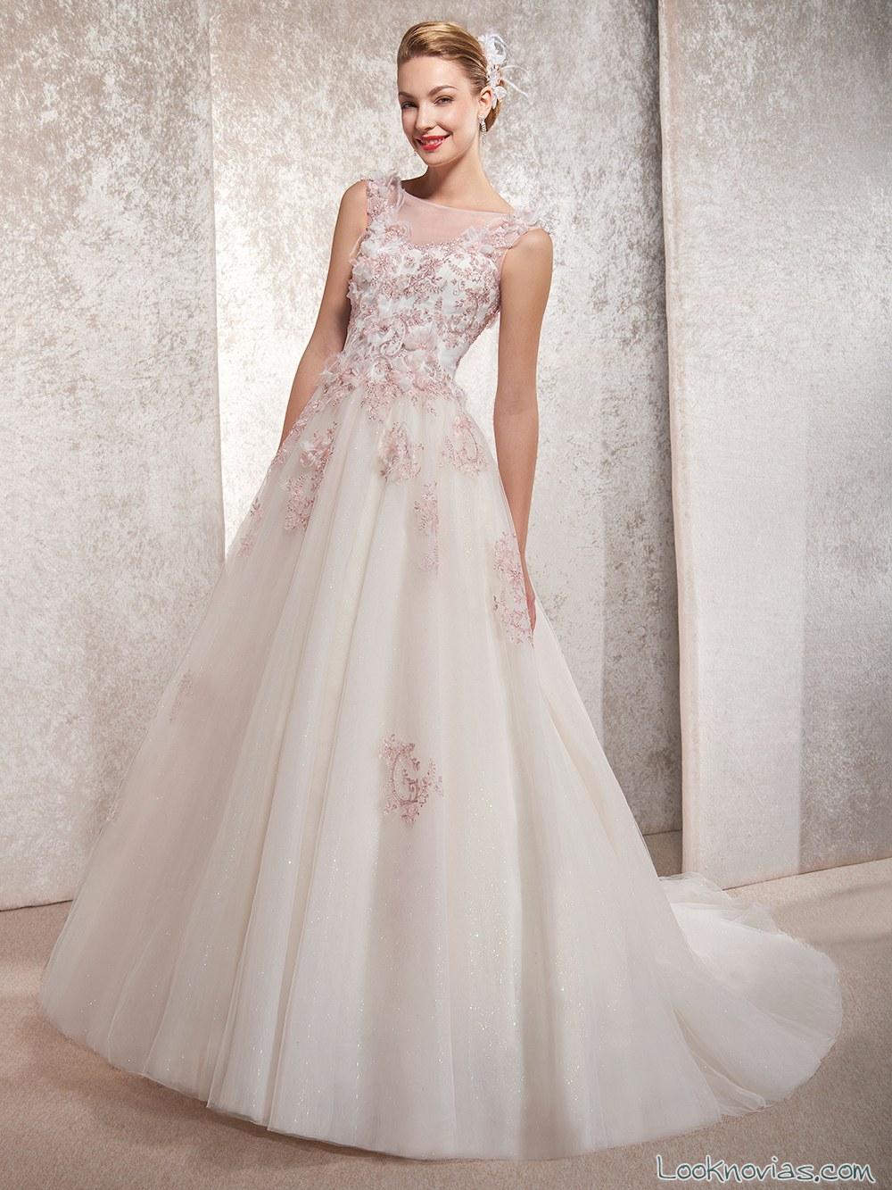 vestido volumen con color para novias