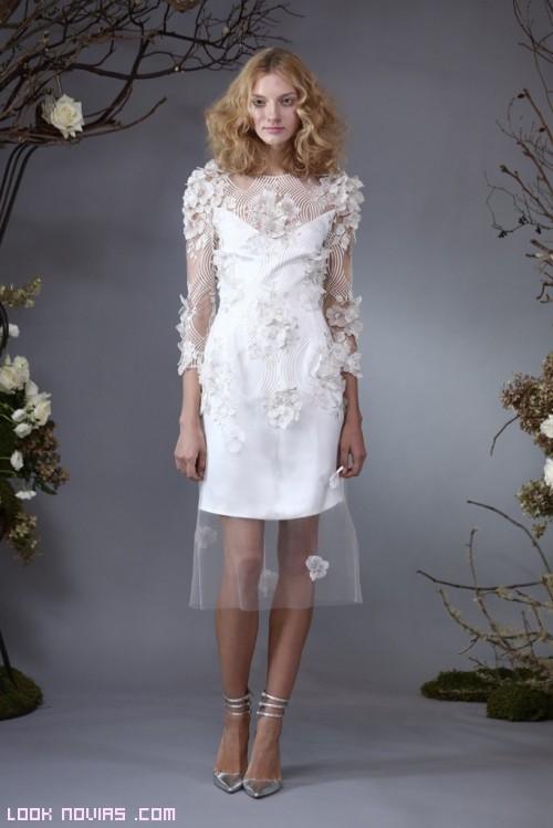 vestidos cortos de gasa y flores
