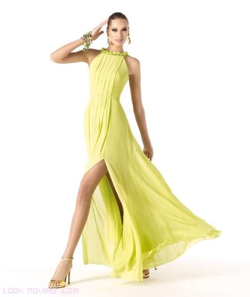 vestidos con aberturas en la pierna