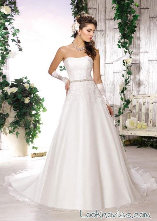 Vestidos de novia collector en blanco