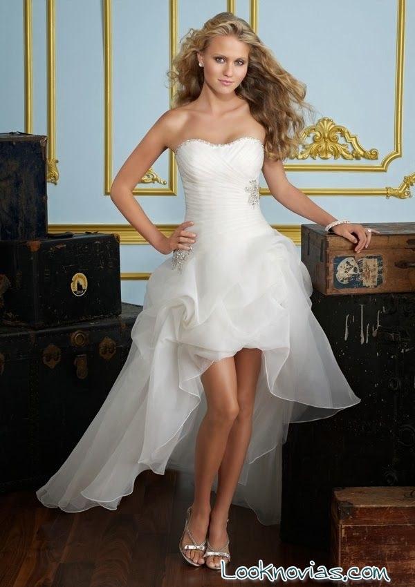 vestidos de novia cortos y asimétricos