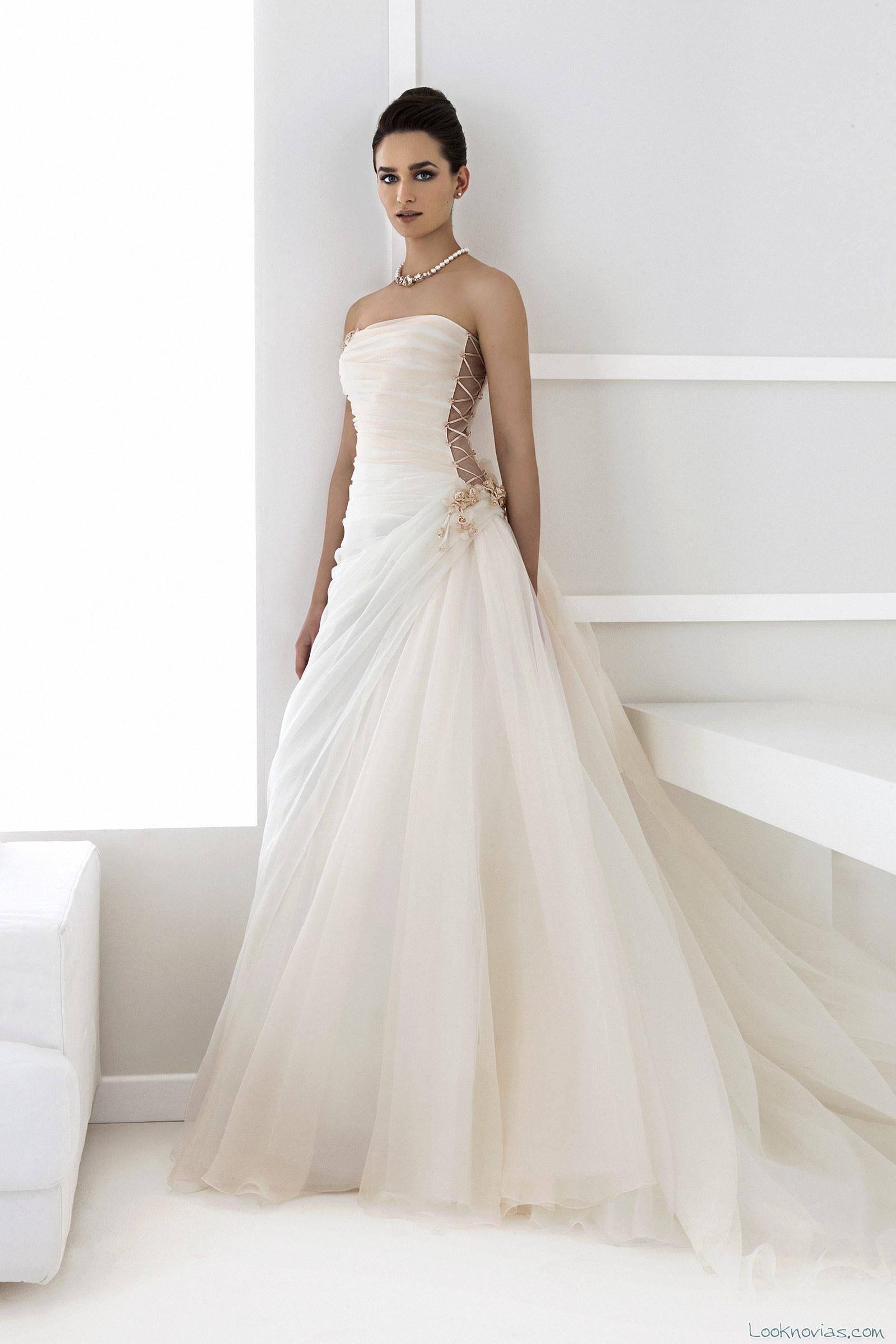 vestidos en color novias vivié