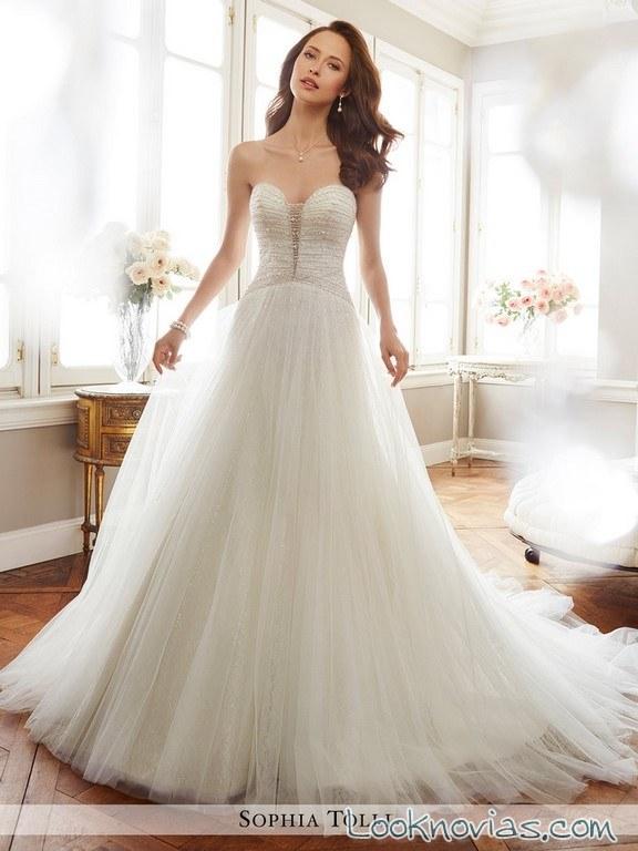 vestidos novias volumen con faldas de tul