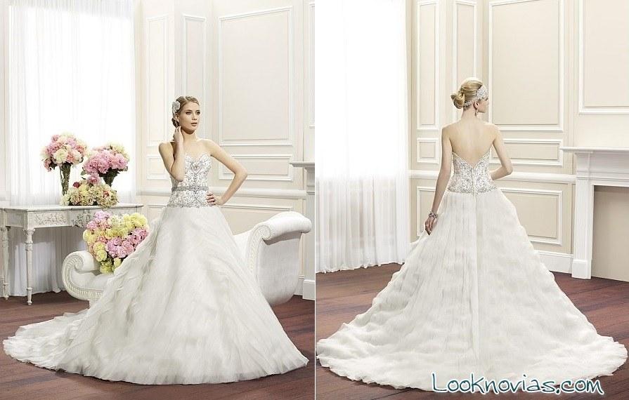 vestidos princesa novias Moonlight Couture