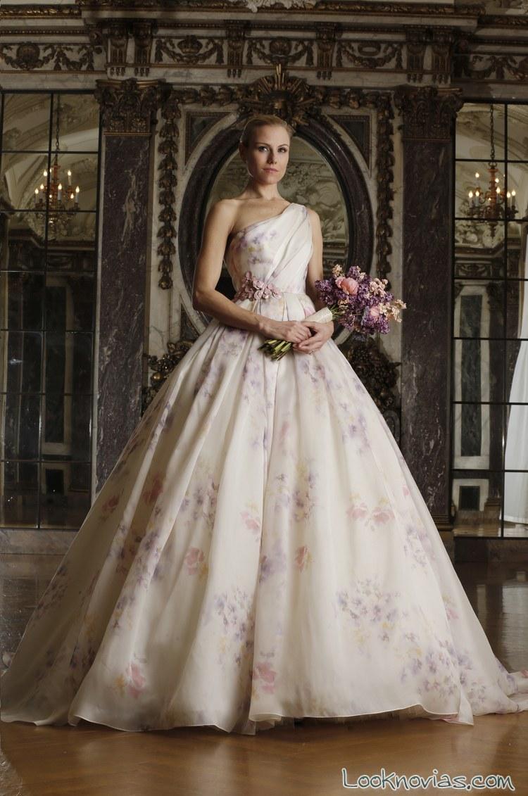 vestidos Romona keveza con pinceladas de color