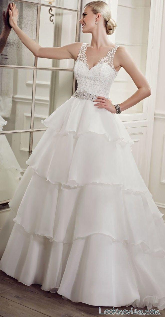 volantes sencillos en vestido de novias