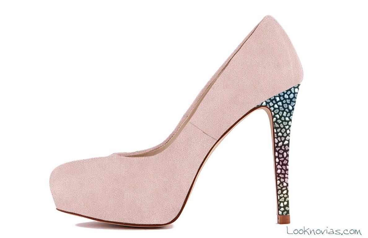 zapato color rosa para novias modernas