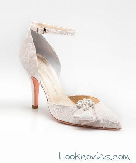 zapato con hebilla de alessandra rianudo