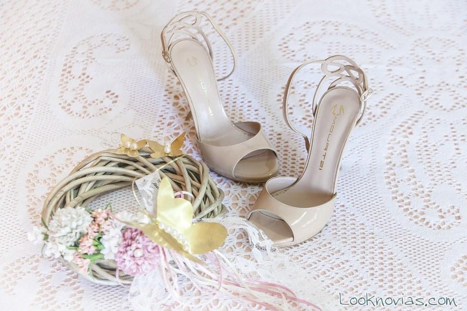 zapatos novia y ramo