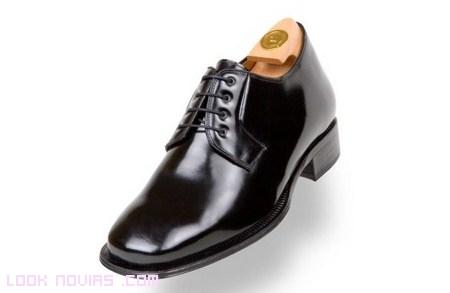 zapatos con alzas cordones