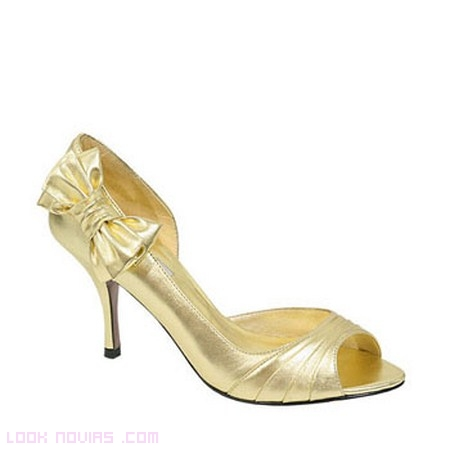 zapatos de novia dorados