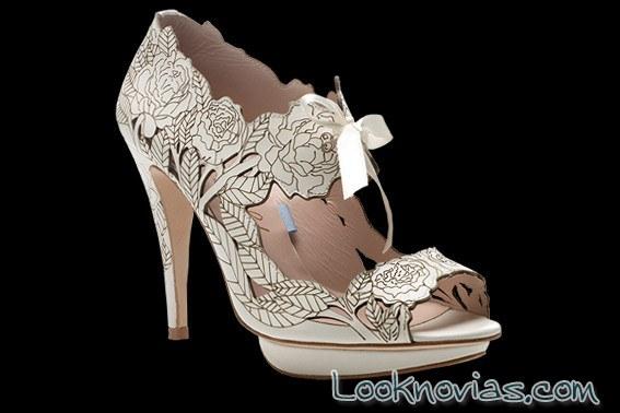 zapatos troquelados para novias